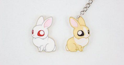 EmiiCreationsStore – White/tan bunny keychain